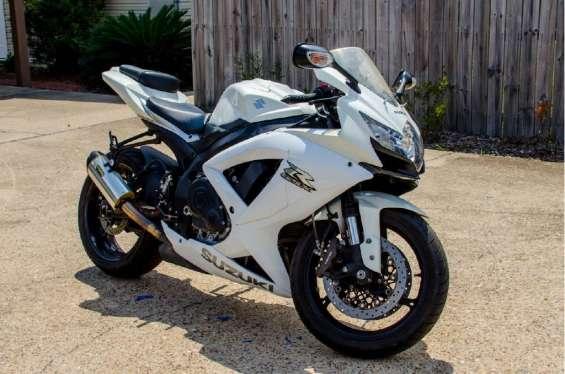 Suzuki gsx-r 750 bike