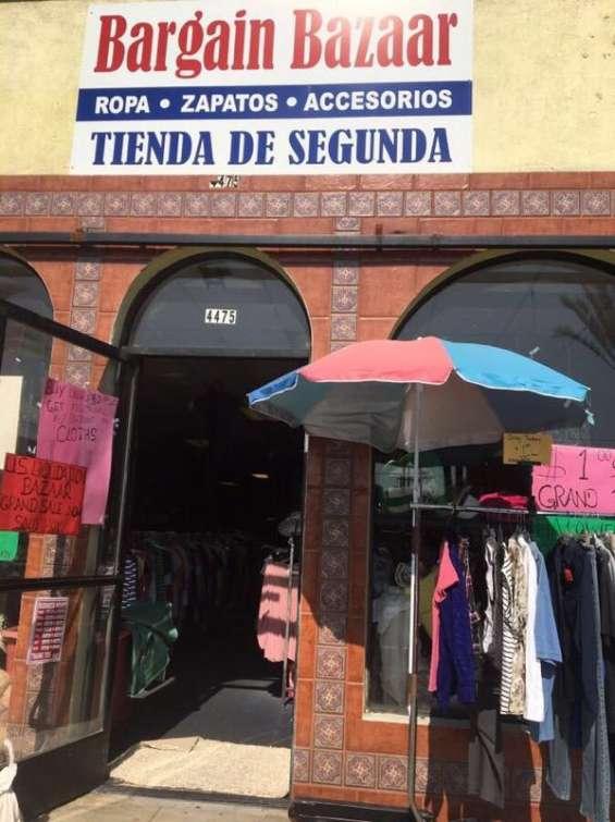 Tienda de ropa usada
