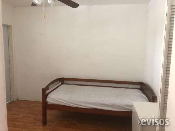 Se renta habitacion en brickell