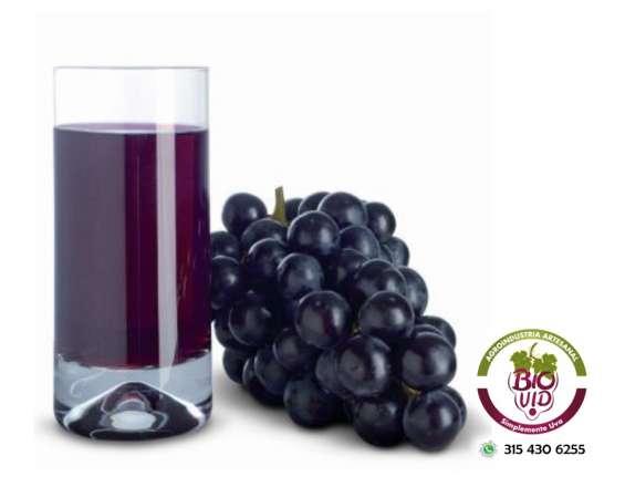 Jugo de uva saludable y delicioso biovid